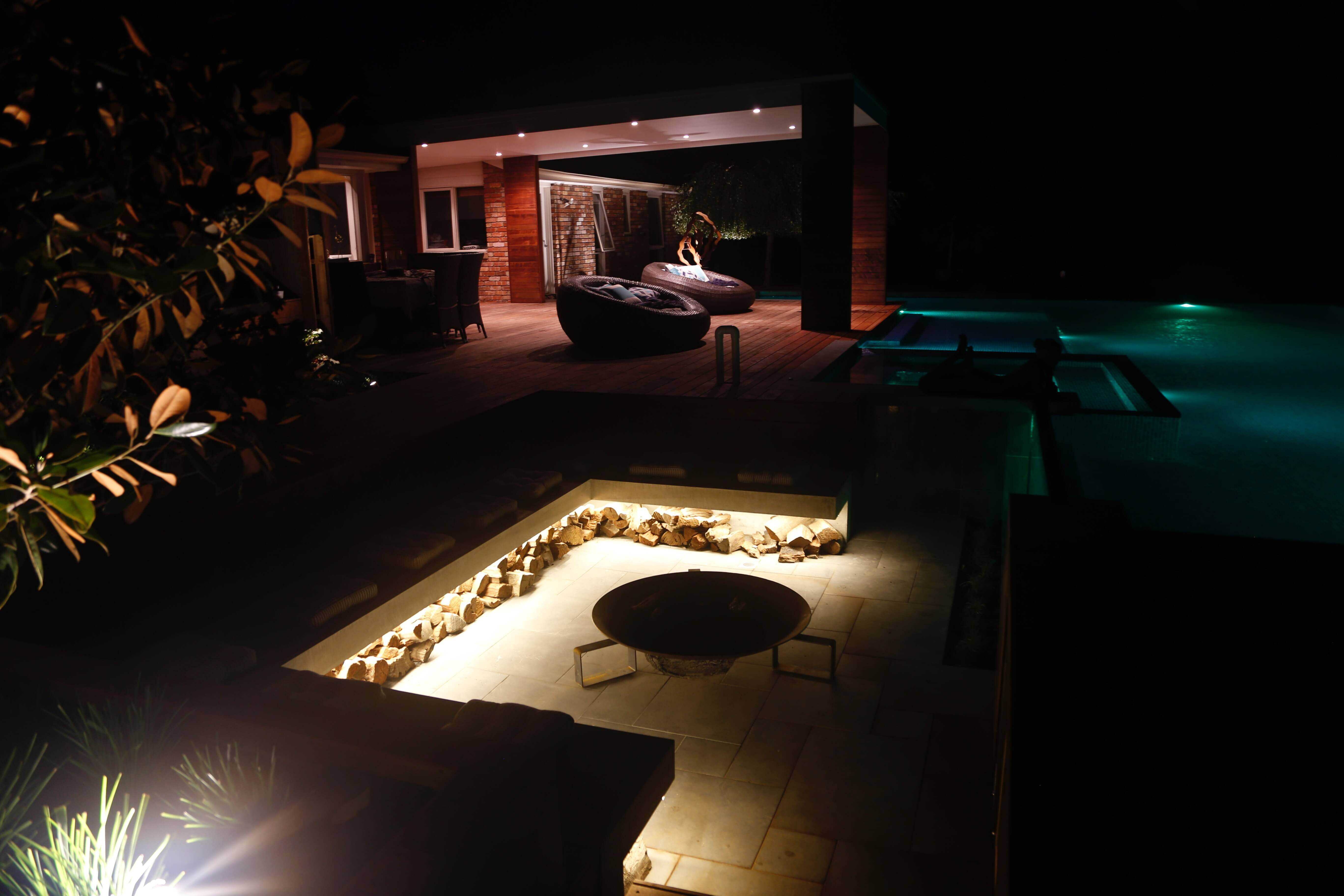 garden and pool electrician, outdoor garden lighting Canterbury Melbourne